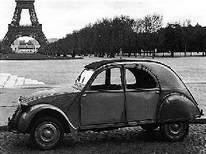 paris tour eiffel 2CV